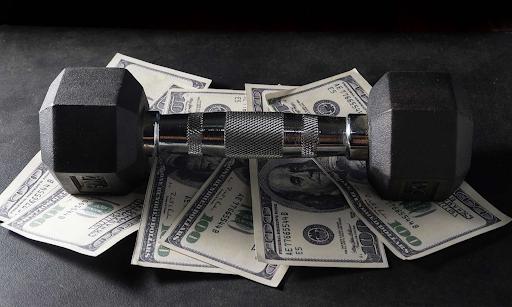 Сколько зарабатывает фитнес-тренер в регионе